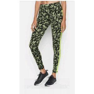 VS Sport Knockout Tight Green Leopard Print Size L